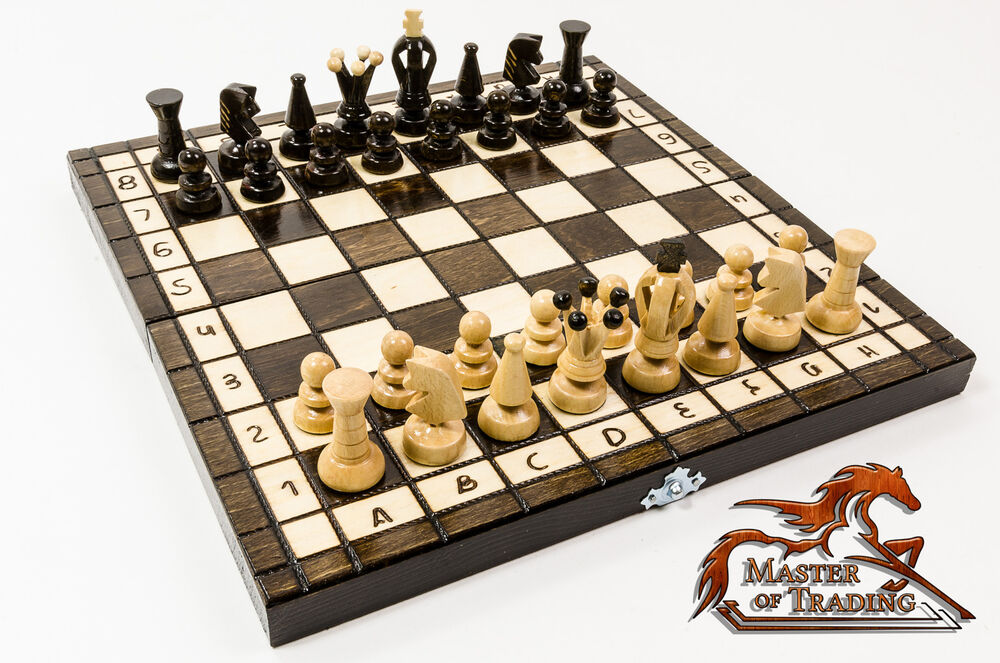 The kingdom 30x30cm wooden chess set stunning hand for Hand crafted chess set