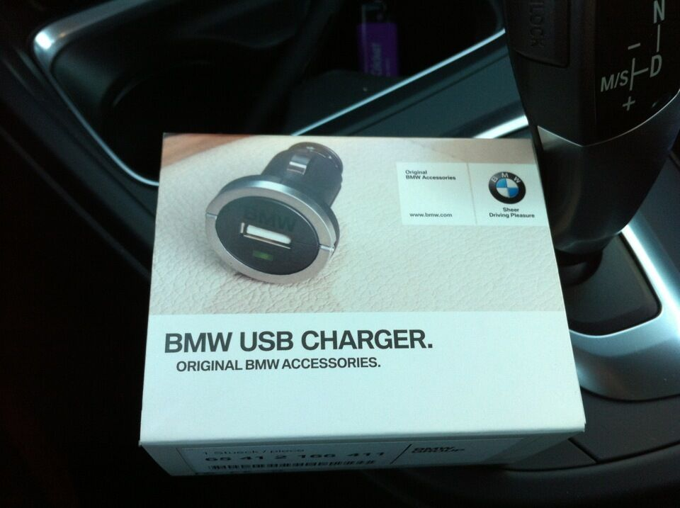 S L on Iphone 5 Usb Charger Cable