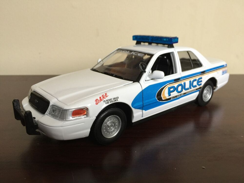 Gatlinburg tennessee police department diecast car for Musictown motor cars tennessee
