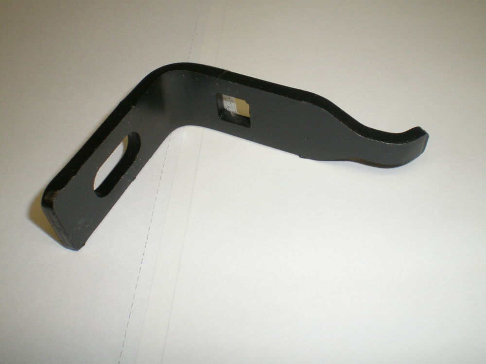 Tractor Sway Bar Specs : Tractor chassis sway bar bracket used on craftsman