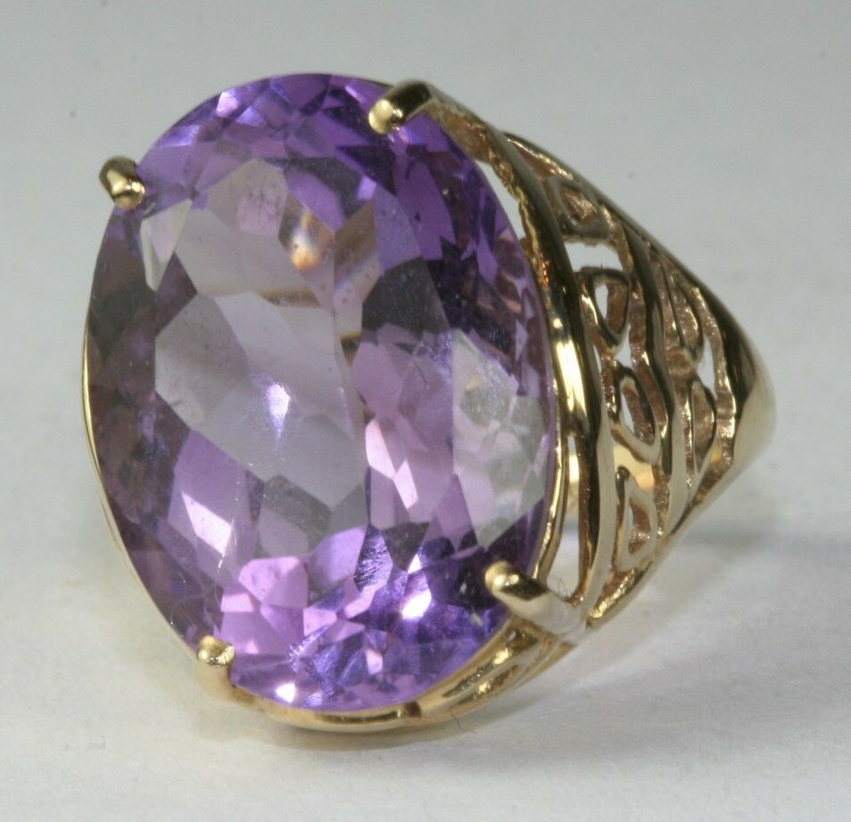 Gorgeous Large 14k Gold 14 Carat Amethyst Cocktail Ring