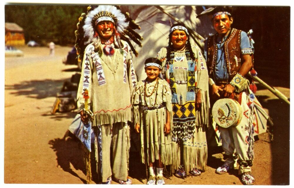 chief running horse indian family in full dress original 1950s rh ebay com Indian Motorcycle Logo Happy Indian Chief Logo