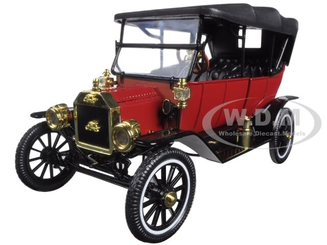 1915 Ford Model T Soft Top Red 1 18 Diecast Model Car
