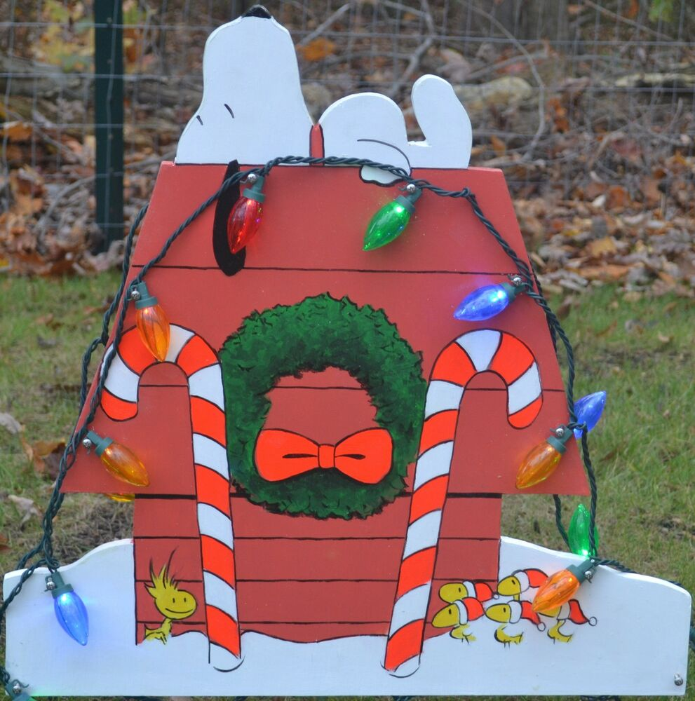 Lawn stake christmas decorations yard art snoopy peanuts for Yard cutouts