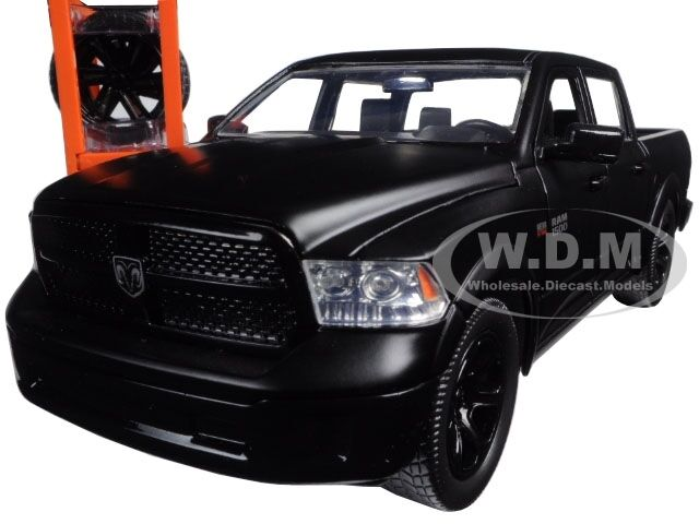 2014 dodge ram 1500 pickup truck w xtra wheels matt black 1 24 model jada 97228 ebay. Black Bedroom Furniture Sets. Home Design Ideas