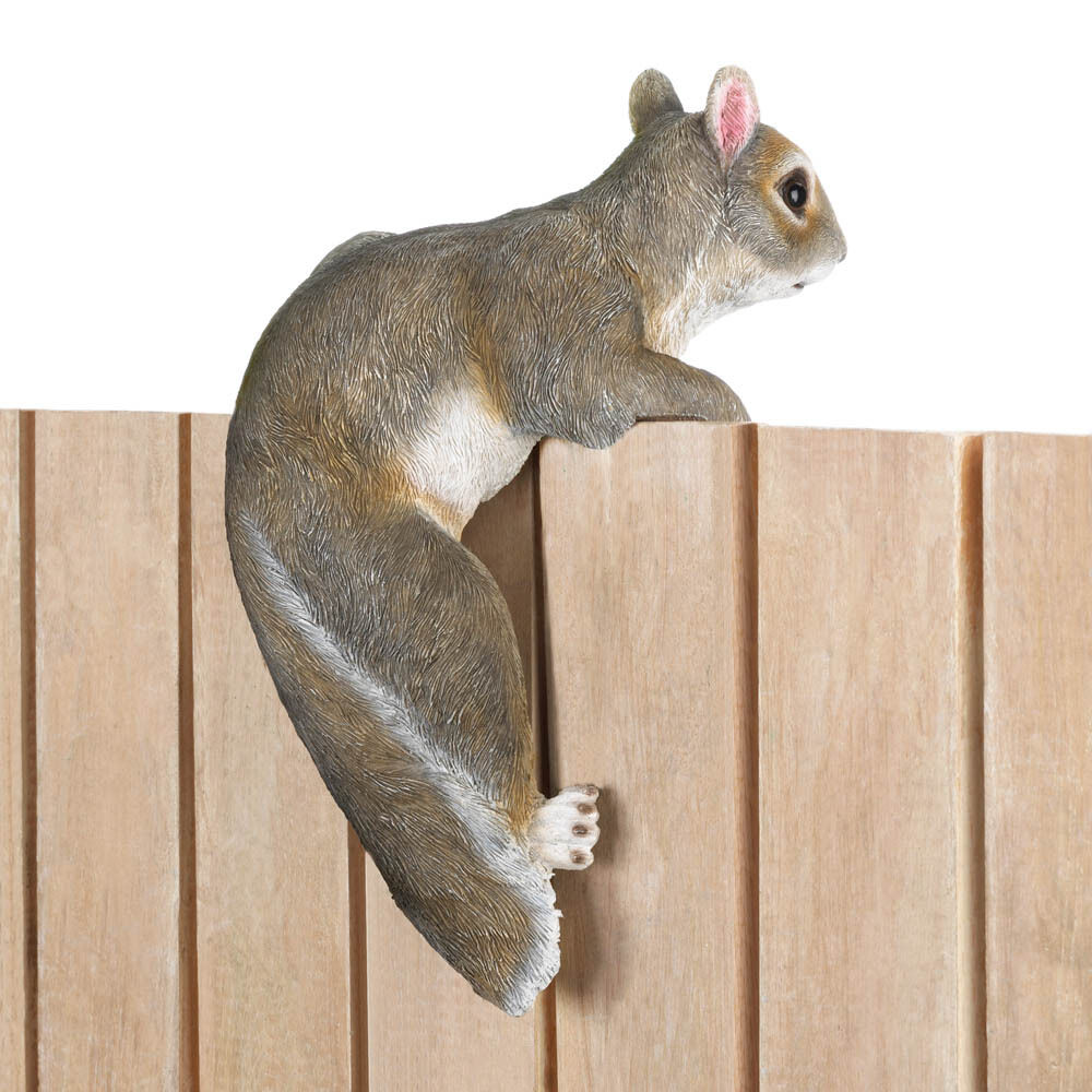 Lifelike squirrel climbing fence pot hanging outdoor for Hanging garden ornaments