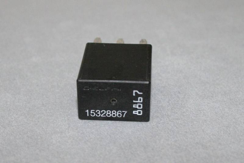 S L on Omron Fuel Pump Relay