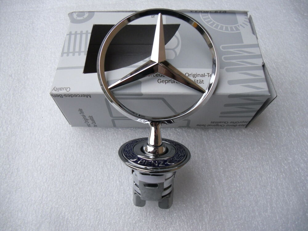 mercedes benz originaler stern emblem f r die motorhaube. Black Bedroom Furniture Sets. Home Design Ideas