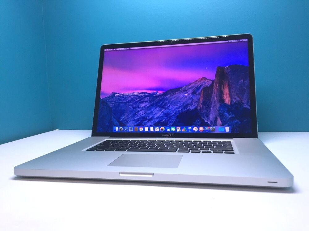macbook pro 17 apple laptop one year warranty upgraded. Black Bedroom Furniture Sets. Home Design Ideas