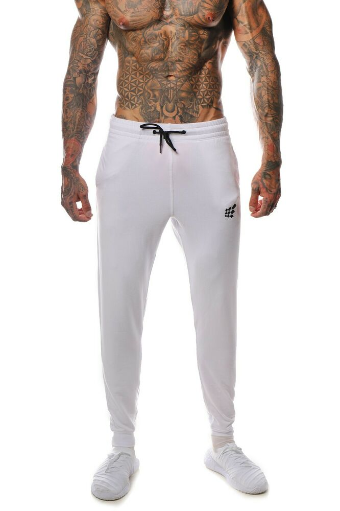 Choose men's workout pants designed with the latest fitness technologies, so you can stay focused on reaching your goals. Men's compression pants support your body as you train. A snug, graduated fit conforms to your body to help support blood circulation. Wear .