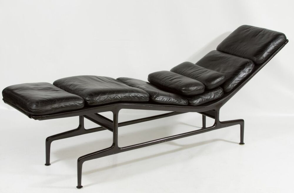 Original charles eames chaise lounge chair black leather for Black leather chaise