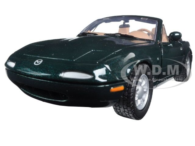 mazda miata mx 5 miata green 1 24 diecast model car by. Black Bedroom Furniture Sets. Home Design Ideas