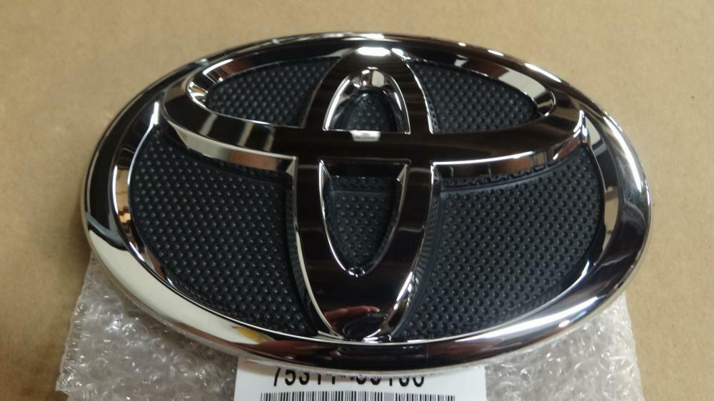 07 09 Oem New Toyota Camry Front Grille Emblem 75311 33130 2007 2008 2009