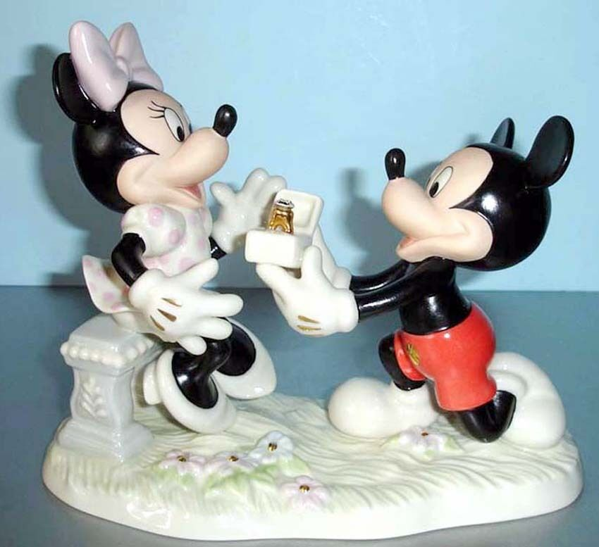 Lenox Disney Minnie's Dream Marriage Proposal From Mickey