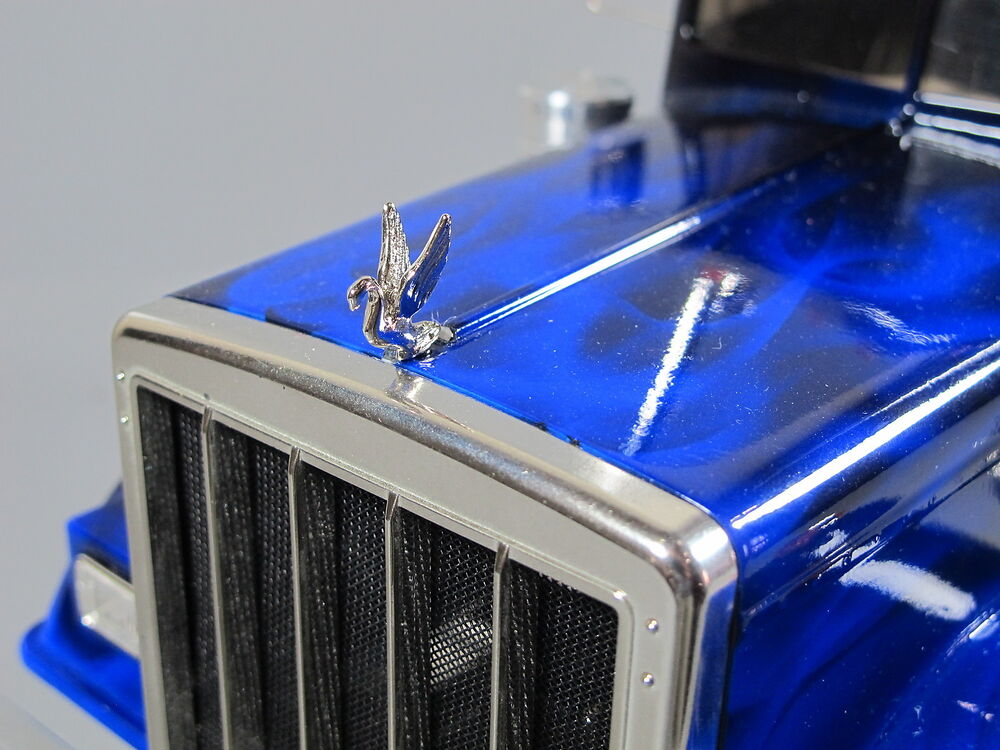 Semi Truck That S Also A Toy Car Holder : Front hood add on grill ornament emblem swan tamiya
