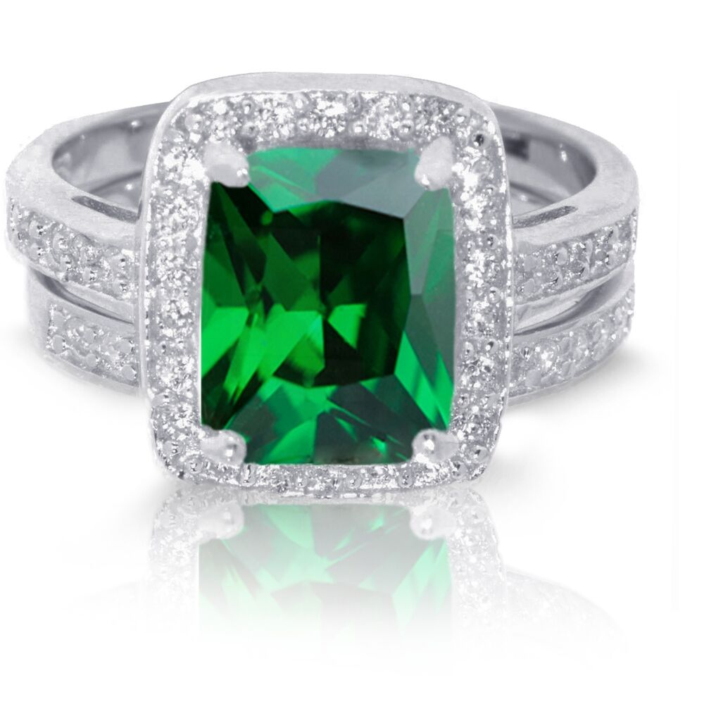 Large emerald cut green emerald wedding engagement for Emerald green wedding ring