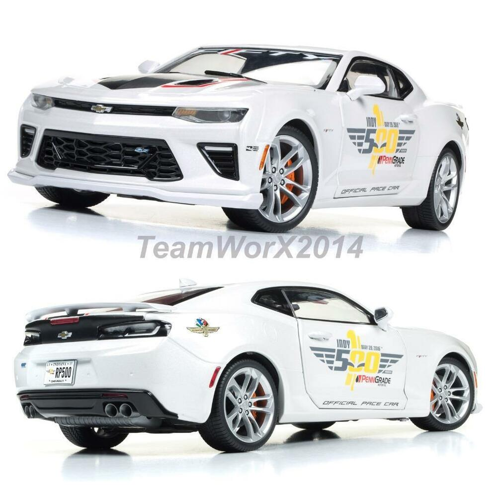 AUTO WORLD AW236 2017 Chevy Camaro Indy 500 Pace Diecast