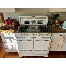Vintage working 1950's O'Keefe & Merritt Gas Stove with oven & broiler