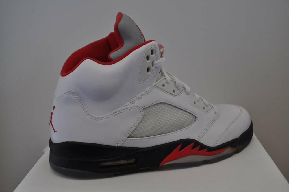Details about Nike Air Jordan V 5 Retro White Fire Red Size 14 US b847b91f02