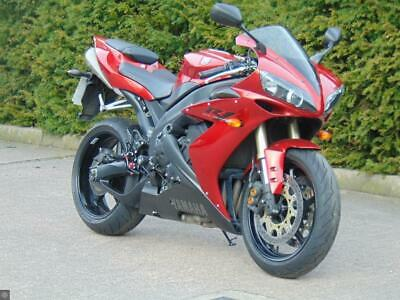 YAMAHA R1 2005 ONLY 8090 MILES FSH OUTSTANDING CONDITION