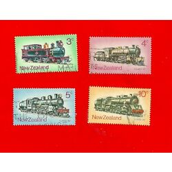 Kyпить 4 NEW ZEALAND Train Stamps (Lightly Hinged) 1973 на еВаy.соm