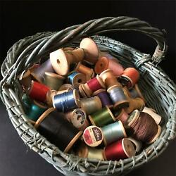 Kyпить Vintage 97 Wood Spools Thread & Antique Make-Do Original Blue/Green Basket Prims на еВаy.соm
