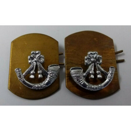 img-Genuine British Army Issue Light Infantry Silver Coloured Collar Dogs 1 Pair NEW