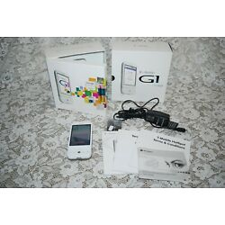 HTC Kit T-Mobile G1 Dream CELL PHONE W/ Google~White~ 1st ANDROID SMART PHONE