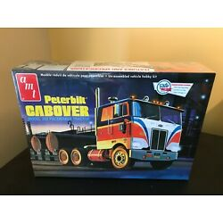AMT Peterbilt Cabover Model 352 PaceMaker Tractor 1/25 Scale Model Kit New Facto