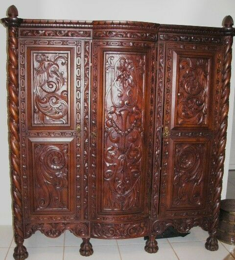 Antique bedroom set spanish baroque 10 piece furniture set for Antique bedroom furniture