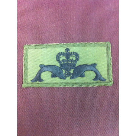 img-Submariner Patch (Dolphins & Crown) on olive