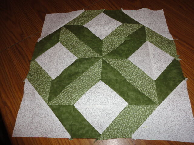 How To Use Plastic Quilting Templates : Plastic Templates - Shaded Trail quilt - 15 inch block eBay
