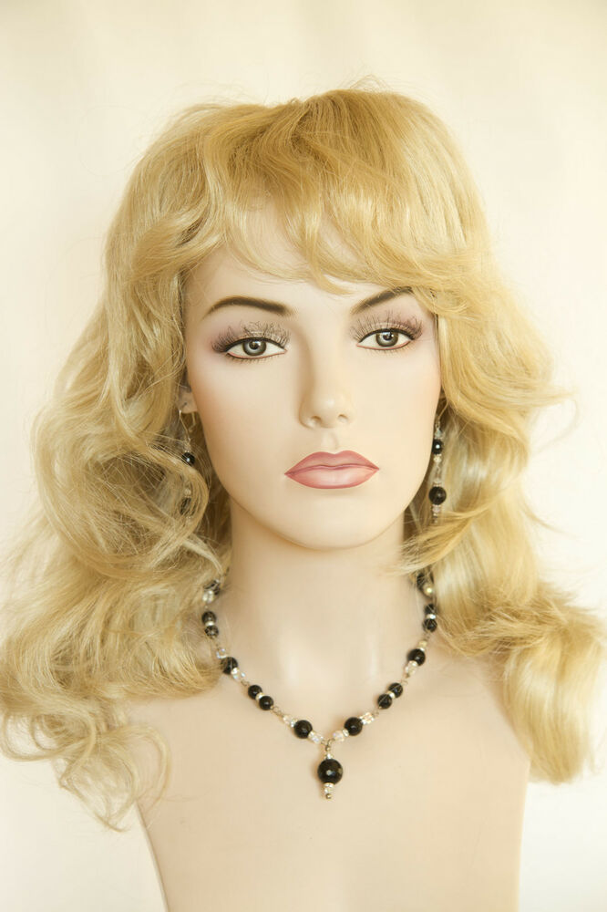 Champagne Blonde Your Light Brown: Champagne Blonde Blonde Long Medium Wavy Wigs