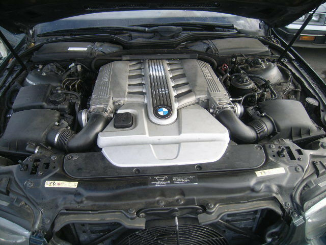Bmw Moteur Diesel Quadri Turbo 400 Ch Serie 750d Xdrive additionally 16079 N73 Engine moreover 51237023992 further Showthread further 180753696775. on bmw n73 engine