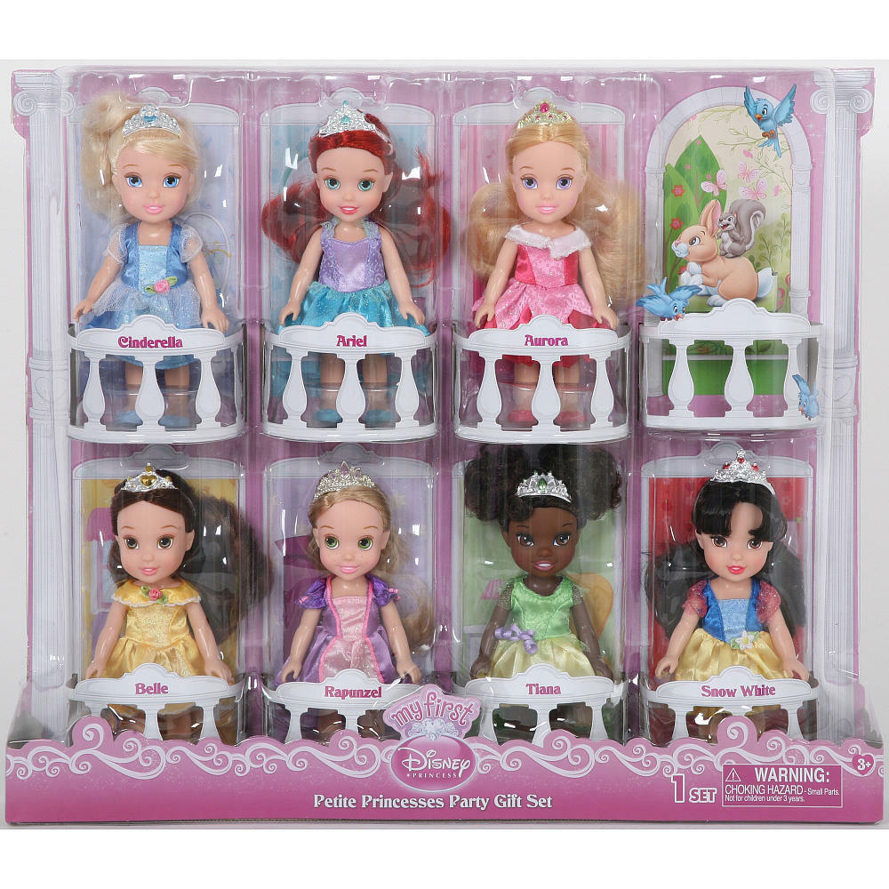 nib disney princess 7 pc display gift box 6 inch toddler doll collection top toy ebay. Black Bedroom Furniture Sets. Home Design Ideas