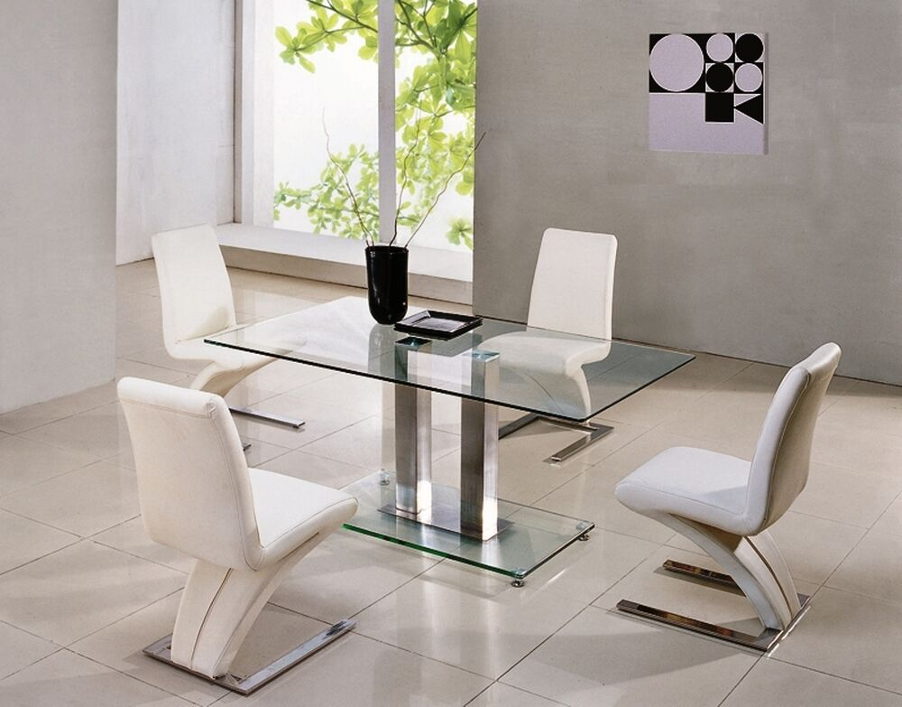 Savio small glass chrome dining room table 4 z chairs for Glass dining table and chairs