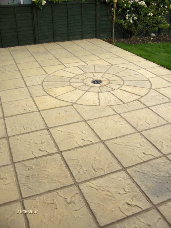 40m2 concrete garden patio paving slabs bundle deal with for Garden decking and slabs