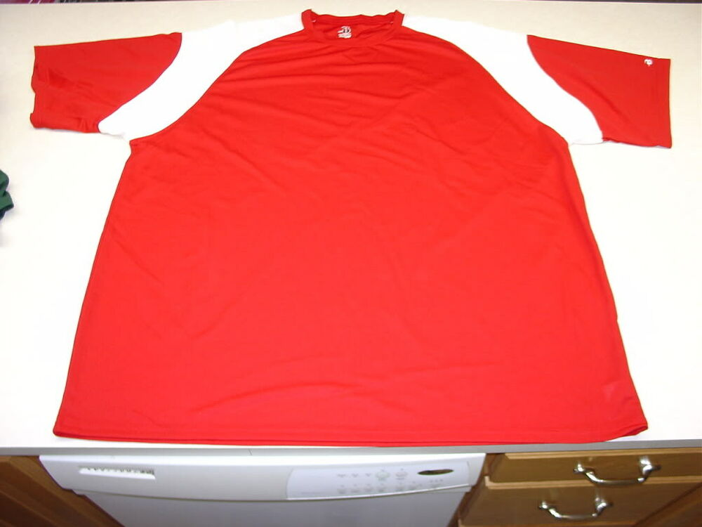 Badger sports red white short sleeve crew shirt dri fit for Dri fit material shirts
