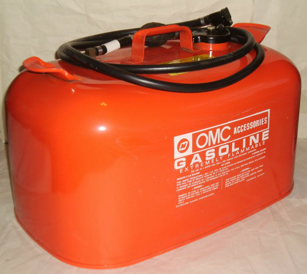 Vintage 6 gallon omc outboard motor gas can tank w fuel for Outboard motor gas tank hose