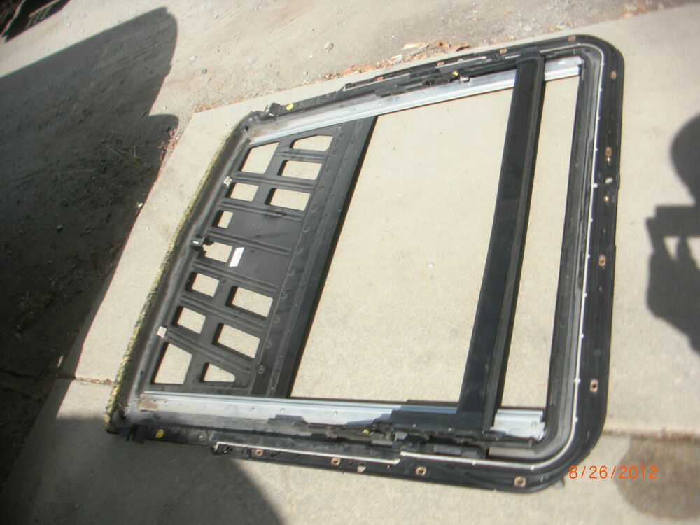 2003 2009 mercedes benz w211 sunroof cassette rail e320 for 2009 mercedes benz e550