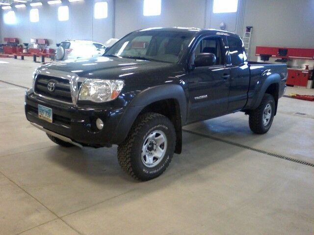 2005 2017 toyota tacoma front 2 inch lift leveling kit ebay. Black Bedroom Furniture Sets. Home Design Ideas
