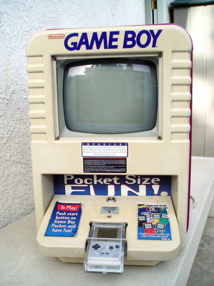 NINTENDO GAME BOY POCKET WORKING STORE DISPLAY W SUPER