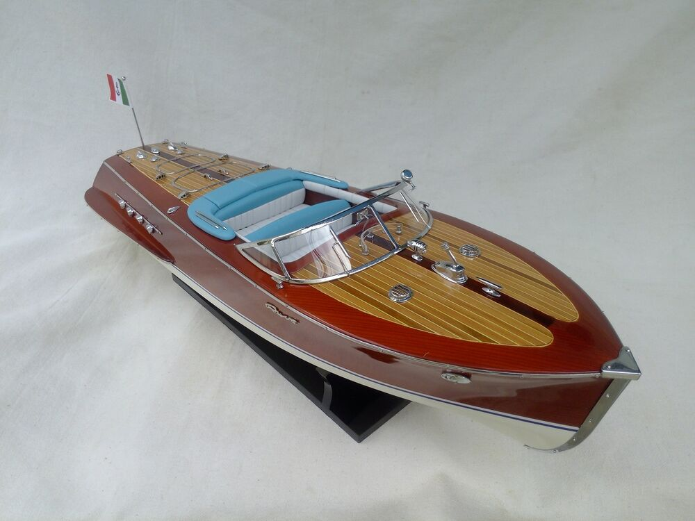 cedar wooden speed boat r tritone 24 quality model ship handmade italian boat ebay. Black Bedroom Furniture Sets. Home Design Ideas