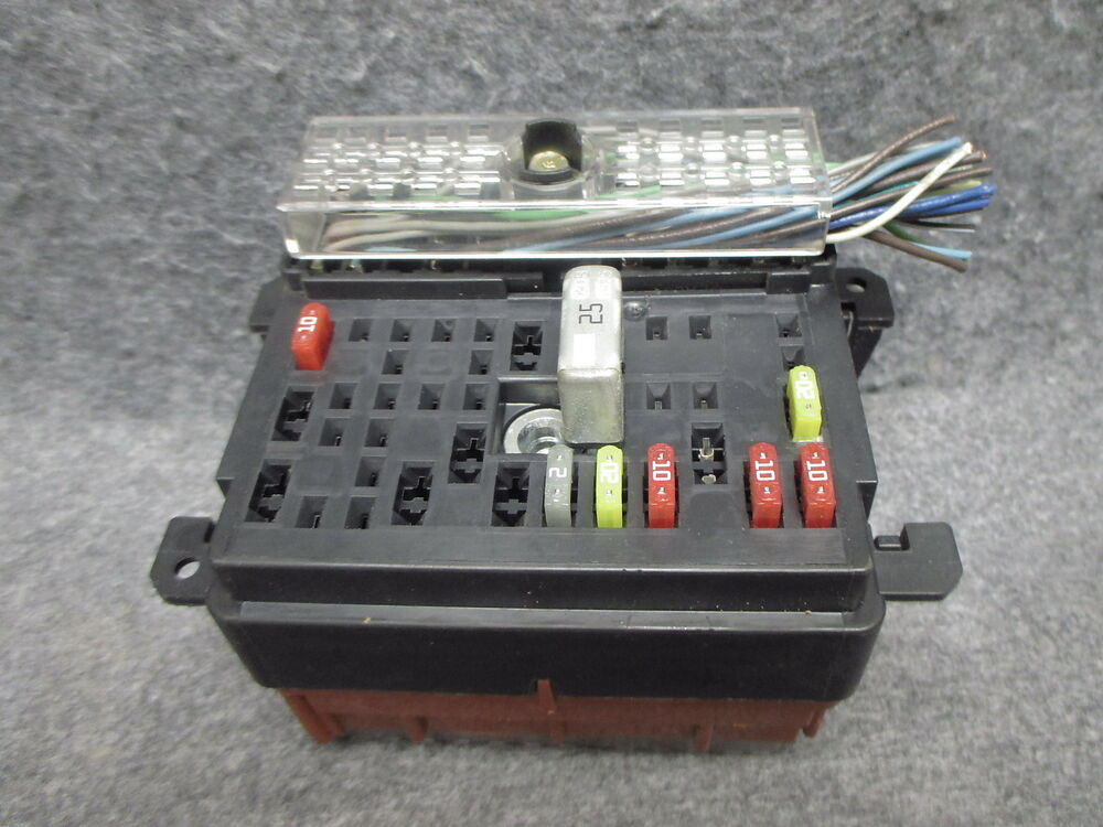 2003 Chevrolet Malibu Rh Dashboard Interior Fuse Box Block