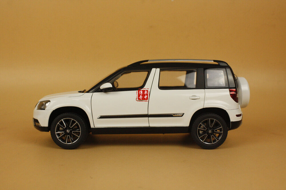 1 18 2013 skoda yeti suv model car white color ebay. Black Bedroom Furniture Sets. Home Design Ideas