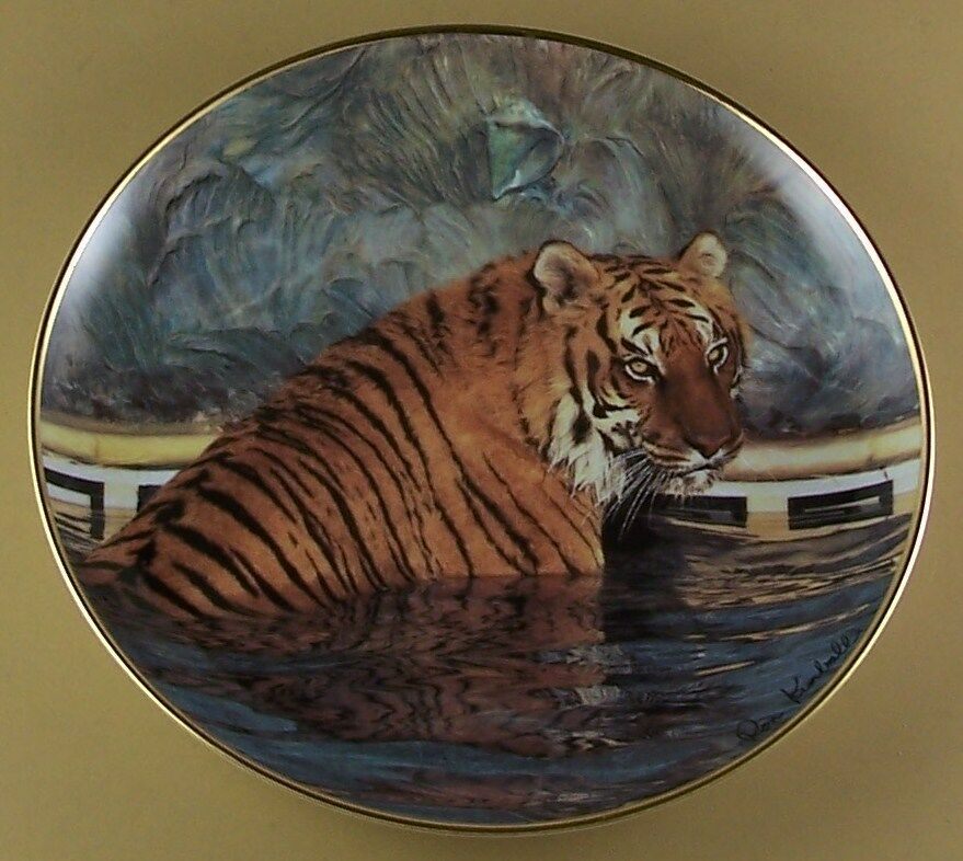 A Jungle Of Big Cat Designs: MAJESTIC TIGER Plate Big Cat Jungle Franklin Mint Ron