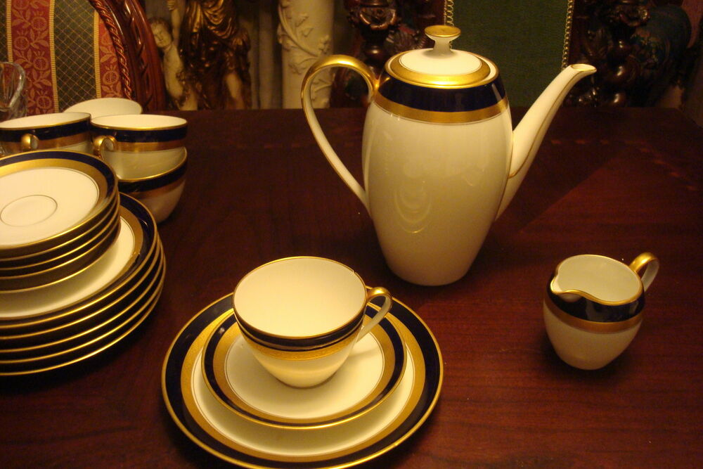 arzberg hutschenreuther germany c40s coffee set 20 pcs gold blue white 60arz ebay. Black Bedroom Furniture Sets. Home Design Ideas