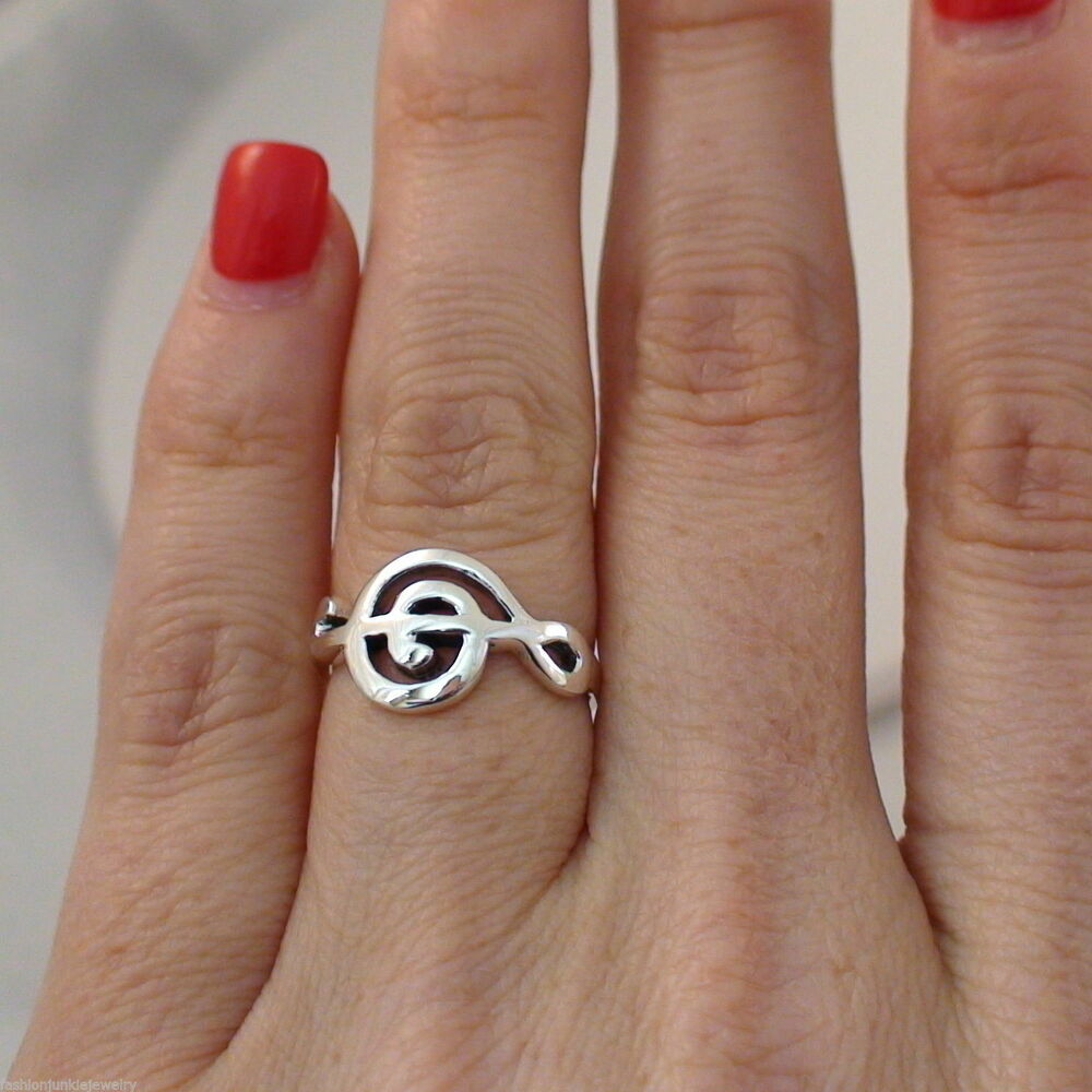 Details about Sideways Treble Clef Ring - 925 Sterling Silver - Music Note Ring  Treble Clef 7c0dbef85b43