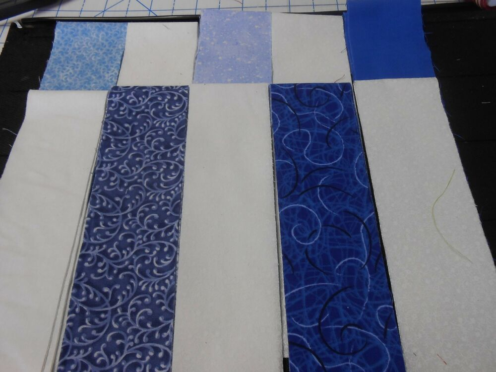 Blue And White Jelly Roll 20 Fabric Strips 2 5 X 44 Ebay