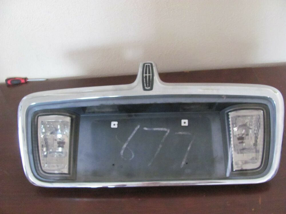 Lincoln Ls Rear Licence Plate W Light 2003 2004 2005 2006 Ebay